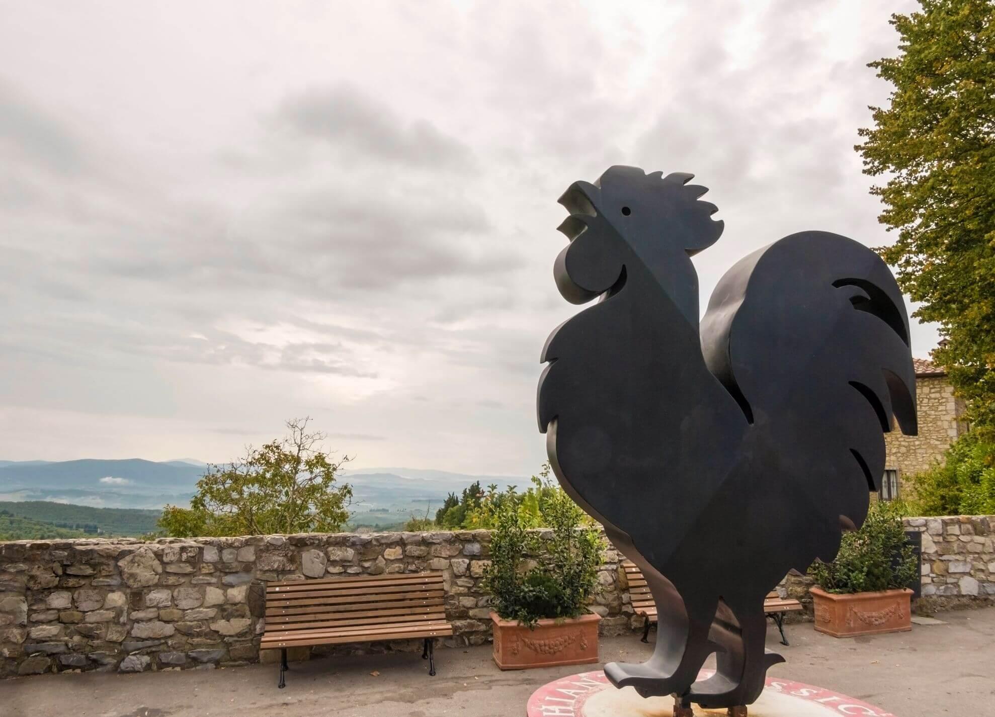 07-VisitChianti-Castellina-in-Chianti-shutterstock_1523711018-1978x1426