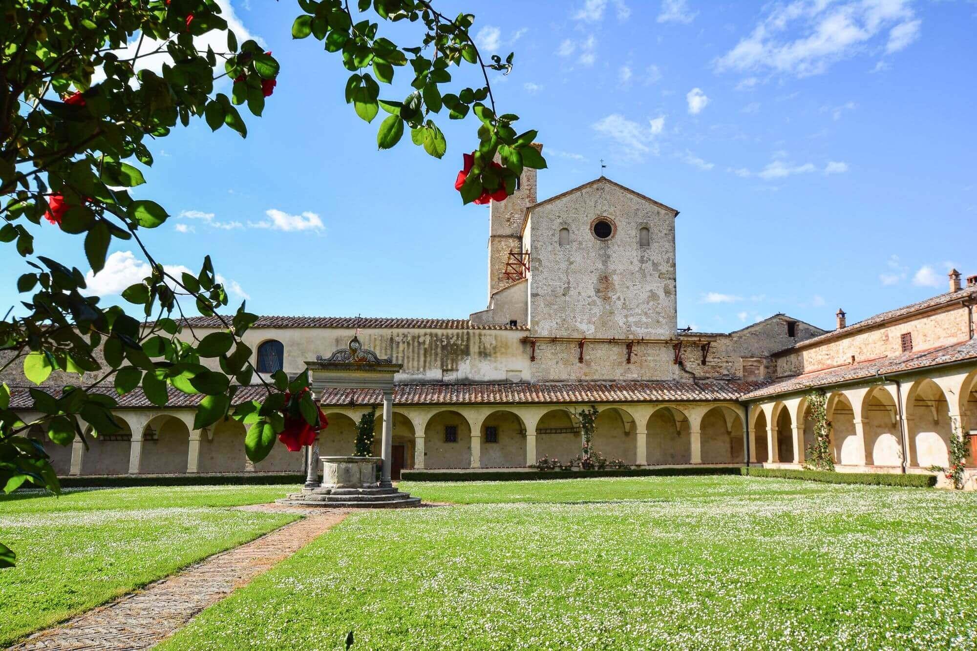 08-VisitChianti-Certosa-di-pontignano-castelnuovo-berardenga-toscana-2000x1333