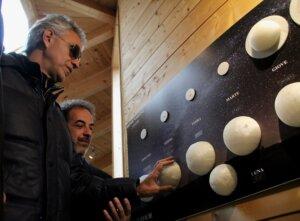 Astronomia-Bocelli-inaugura-il-percorso-per-non-vedenti