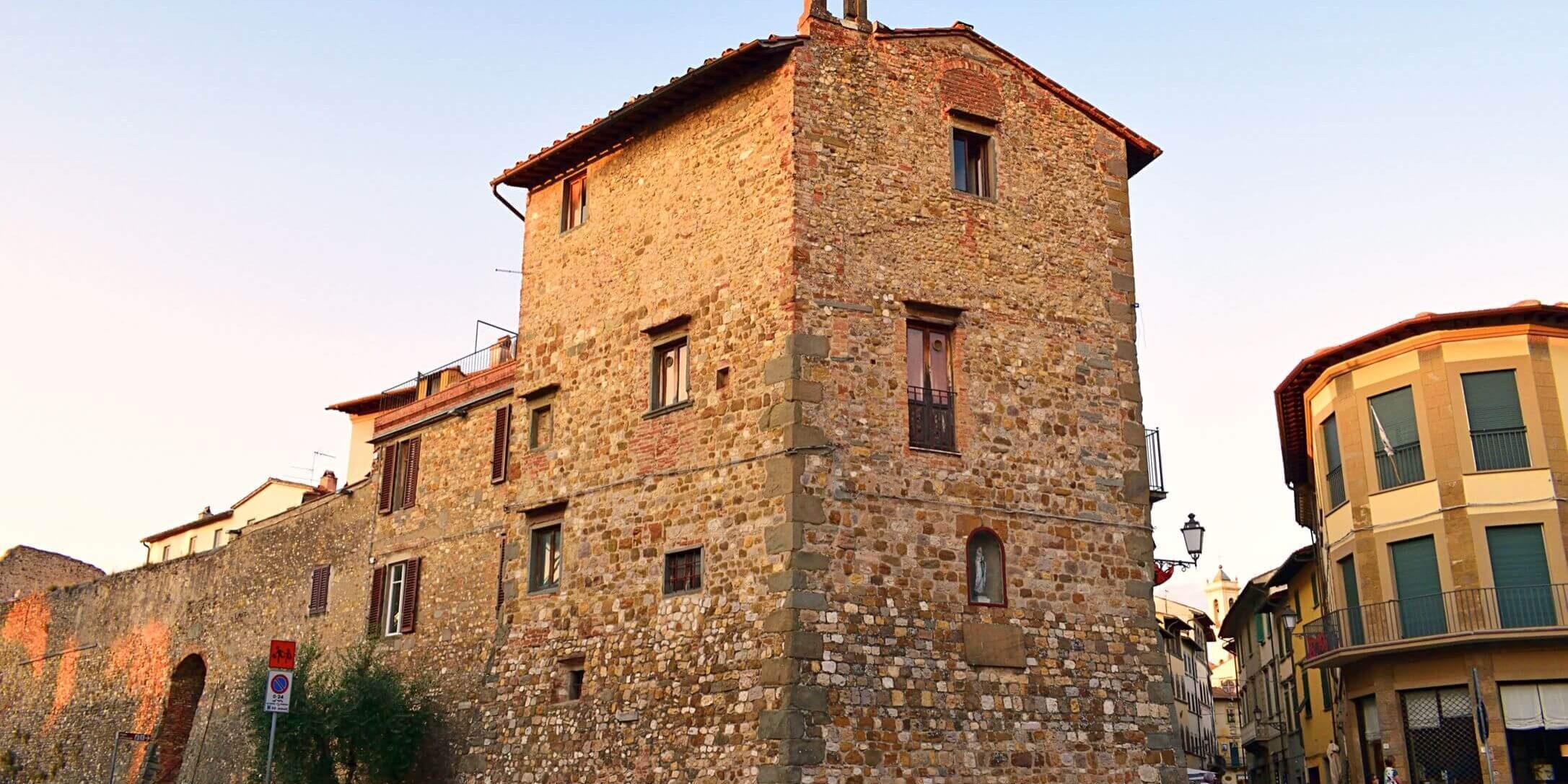 36-VisitChianti-San-casciano-val-di-pesa-toscana-shutterstock_1366459844-2173x1566