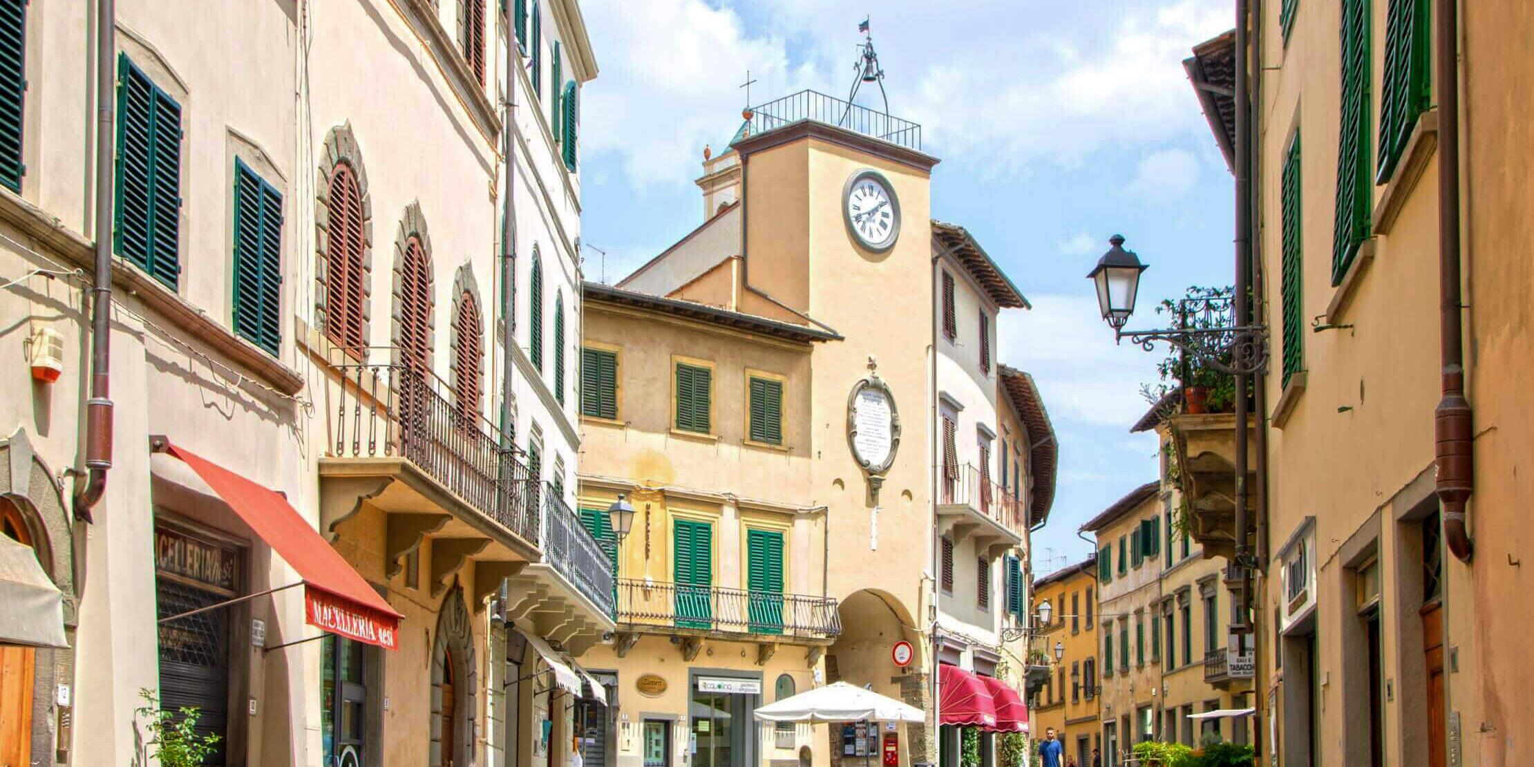 37-VisitChianti-San-Casciano-Val-di-pesa-toscana-shutterstock_1514071904-2220x1600-2